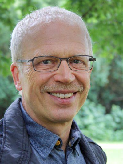 Dr. Wolfram Schult